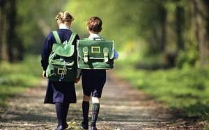 how to manage getting children kids babies out the door on time to school
